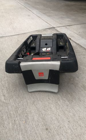 Infant base car seat for Sale in Lakewood, CO
