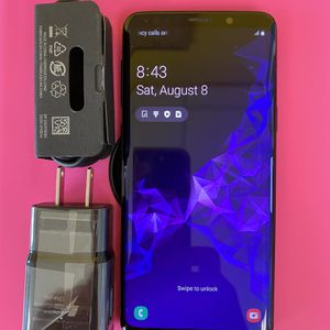 Samsung galaxy s9 (128gb) unlocked , sold with store warranty for Sale in Cambridge, MA