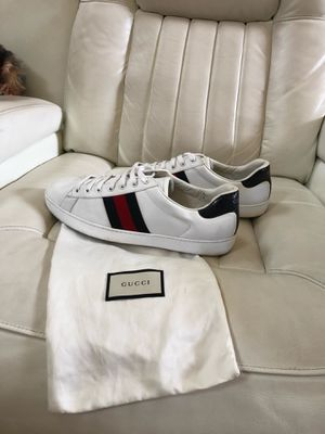 Men's Gucci sneakers for Sale in Jacksonville, FL