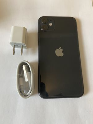 iPhone 11 64GB AT&T for Sale in Charlotte, NC