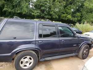 2000 Ford Explorer Limited Edition for Sale in Forest Park, GA