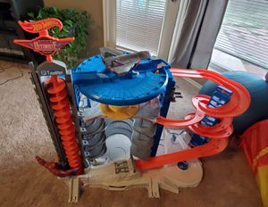 Hot wheels ultimate garage for Sale in Owasso, OK
