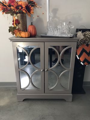 Mid Century Modern Mirrored Cabinet for Sale in Nashville, TN