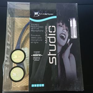 New - mobile spec studio headphones blue for Sale in Wrightsville, PA