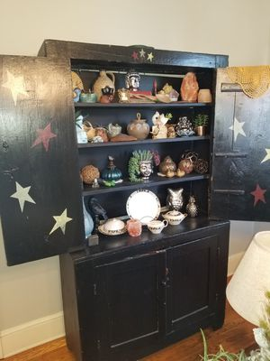 Primitive hutch for Sale in Kingsport, TN