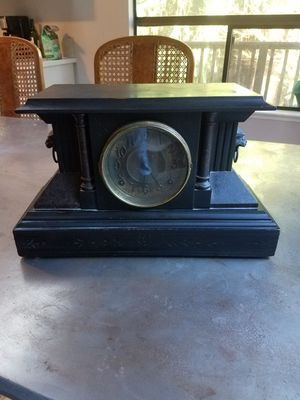 Antique Clock for Sale in Gig Harbor, WA