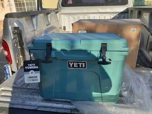 Yeti cooler for Sale in Perris, CA