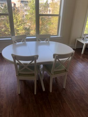 Extendable white dining table for Sale in Cary, NC