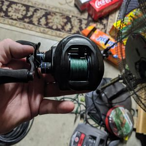 Fishing Reel for Sale in San Bernardino, CA