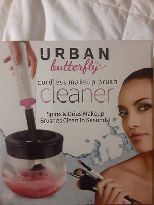 Makeup brush cleaner for Sale in Appleton, WI