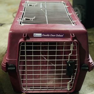Petmate Double Door Deluxe Pet Carrier for Sale in Spring, TX