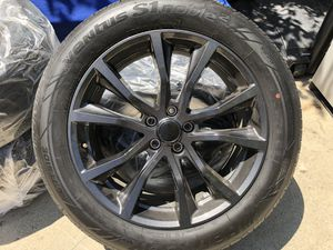 """2019 Ford Explorer 20"""" rims + Hankook Tires **NEW** for Sale in Los Angeles, CA"""