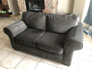 Variety of Furniture, reclining sofa, loveseat, wicker bedroom set, king size bed, chairs, barstools for Sale in Frostproof, FL