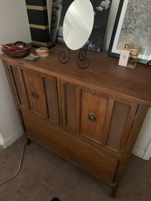 Dresser, mid century modern for Sale in Baltimore, MD