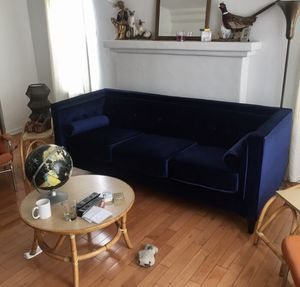 New Velvet Couch for Sale in Pittsburg, CA