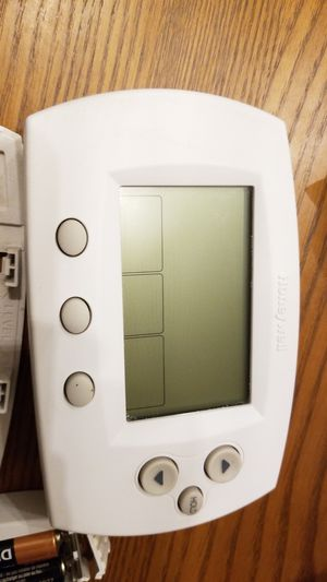 Honeywell thermostat (1 month old) for Sale in Seattle, WA