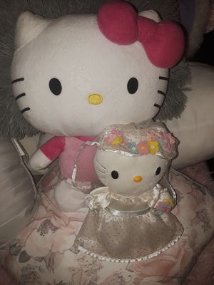 Two Hello Kitty Plush for Sale in Maricopa, AZ