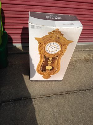 Nice antique style clock for Sale in Collinsville, IL