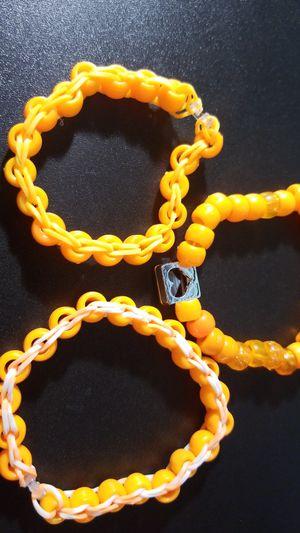 Orange bundle ( rainbow loom) for Sale in Corona, CA