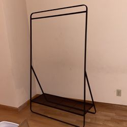 Clothes Hanger for Sale in Daly City,  CA