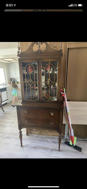 Antique china hutch for Sale in Huntington Beach, CA