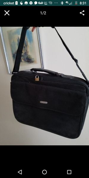 Laptop carrying case for Sale in Avon Park, FL
