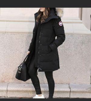 Canada Goose Women's Shelburn Parka Medium Black for Sale in Boston, MA