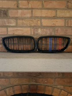 E92 E93 BMW 3 Series Grill for Sale in Lewisville,  TX