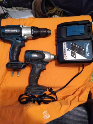MAKITA 5.0 battery and 1/2 inch hammer drill and impact for Sale in Diamond Bar, CA