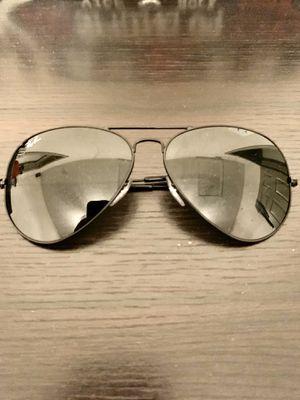Ray Ban Aviator Classic Sunglasses for Sale in Grand Prairie, TX