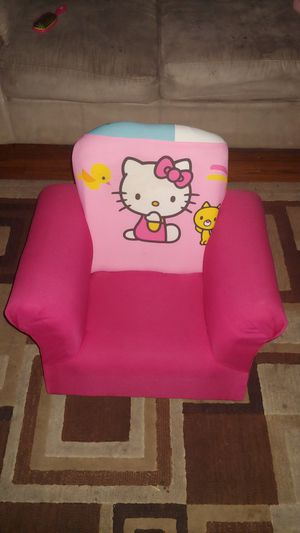 Hello Kitty kids rocking chair for Sale in Covina, CA