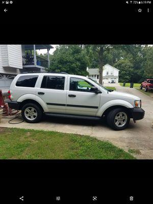 2008 Dodge Durango 4x4 runs good, good tires,new brakes , 3rd row, cold ac $4500 obo for Sale in Hiram, GA