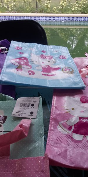 Hello kitty Items for kids birthday party Saturday Special $35.00 for Sale in Davenport, FL
