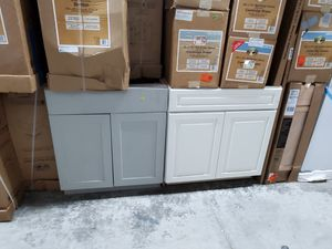 All different sizes kitchen cabinets om sale for Sale in Morrow, GA