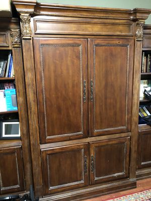 5-piece Library and TV cabinet for Sale in Miami, FL