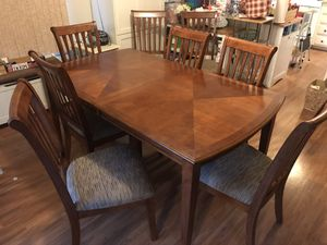 Dining table with 8 chairs for Sale in Corona, CA