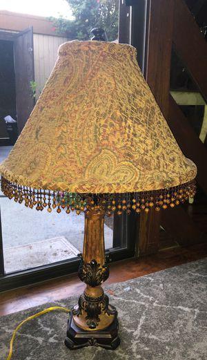 Antique beige and brown lamp for Sale in Cerritos, CA