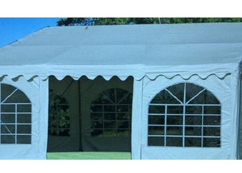 20'x20' Party Tent for Sale in Washington,  IL