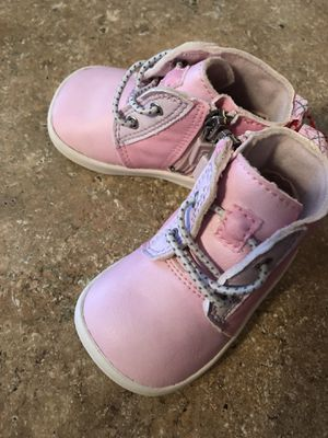 Baby girl Ugg boots size 2/3 / baby foams for Sale in Winter Haven, FL