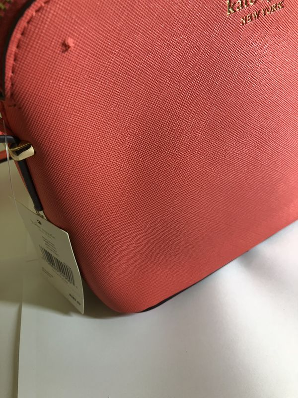 Kate Spade New York Purse WITH TAGS (SLIGHT DEFECT)