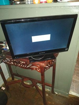 """15"""" Dynex HDMI tv no remote for Sale in North Chesterfield, VA"""