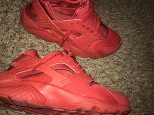 Nike huaraches for Sale in Peoria, IL