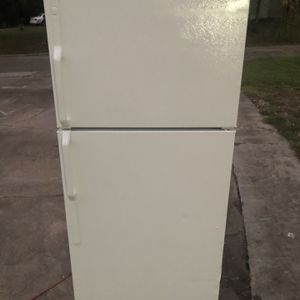 Roper Refrigerator for Sale in Jacksonville, FL