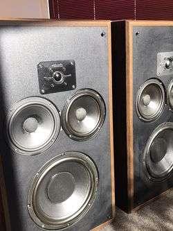Vintage Polk Audio Monitor 10 for Sale in Los Angeles,  CA