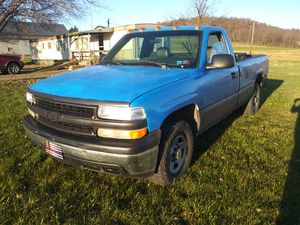 2001 chevy 1500 single cab 8 ft bed for Sale in Loysville, PA