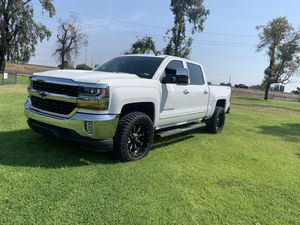 2018 Chevy Silverado no es 4x4 salvage for Sale in Stockton, CA