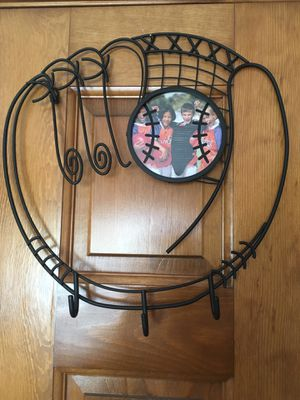 Baseball glove picture frame with hooks for Sale in Methuen, MA