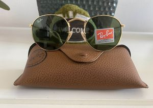 Brand New Authentic Round Sunglasses for Sale in Las Vegas, NV