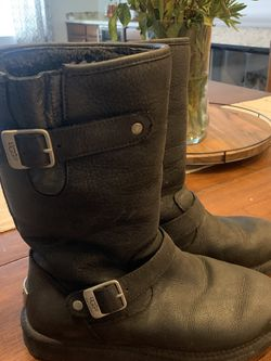 Ugg Kensington Leather Moto Boot-Size 9 for Sale in Henderson,  NV