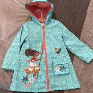 Disney Moana Rain Coat Jacket In a 4T for Sale in Chino, CA